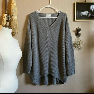 Urban Outfitters Gray Oversize Tunic Sweater Small
